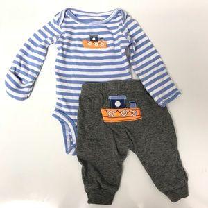 Carter's Newborn Boat Set